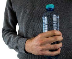 bouteille plastique et bactéries