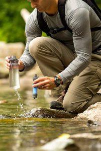 Avis gourdes filtrantes et filtres à eau Lifestraw